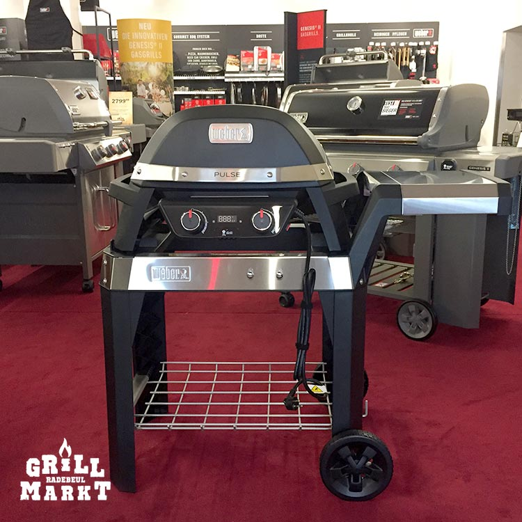 weber pulse 2000 cart elektrogrill mit rollwagen grillmarkt radebeul. Black Bedroom Furniture Sets. Home Design Ideas